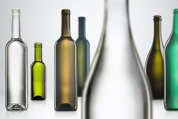 Glass bottles for wine and sparkling wine